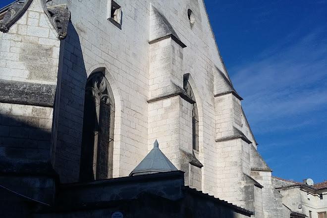 Eglise Saint André, Angouleme, France