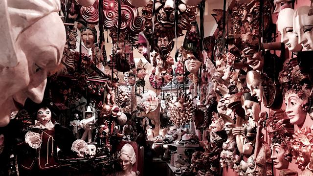 Alberto Sarria Masks