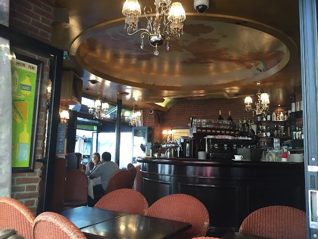 Le Corner Cafe