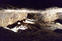 La Mine Bleue, Noyant-la-Gravoyere, France