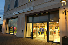 Nike Factory Store Sicilia, Agira, Italy