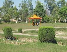 Zeeshan Hyder Park karachi