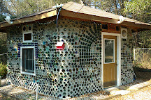 Carrabelle Bottle House, Carrabelle, United States