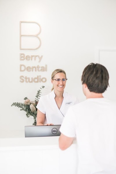 Berry Dental Studio