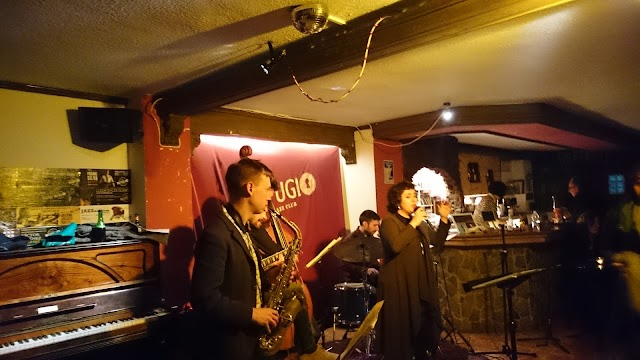 Refugio Jazz Club