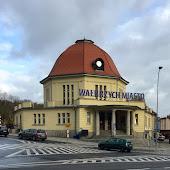 Железнодорожная станция  Walbrzych Miasto