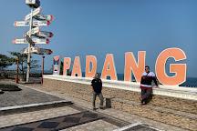 Pantai Padang Taplau, Padang, Indonesia