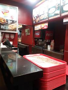Pizza Hut 8