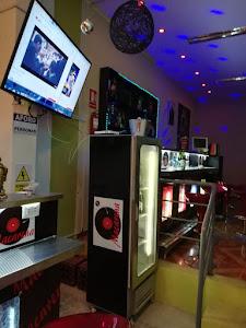 Macarena lounge bar 1
