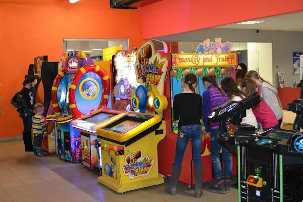 игровые автоматы великие луки