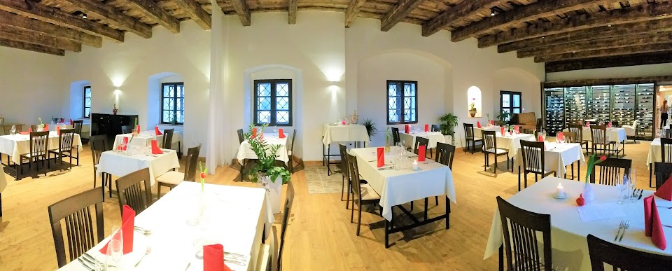restaurace Klášterní Taverna u Benediktinů Rajhrad