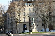 Monument au Marechal Gallieni, Paris, France
