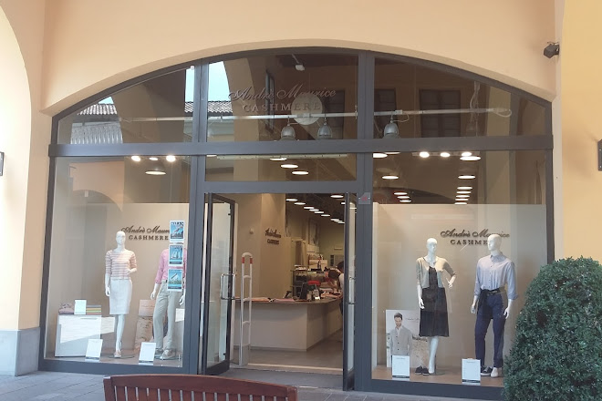 size 40 2c701 cb809 Visit Franciacorta Outlet Village on your trip to Rodengo Saiano