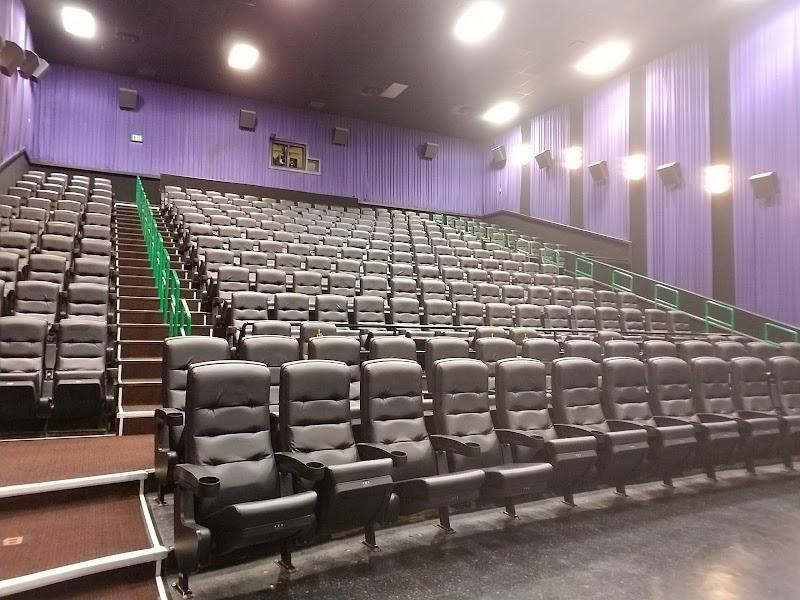 Cinemark Tinseltown Usa Pearl Ms Reviews Cinemas Reviews