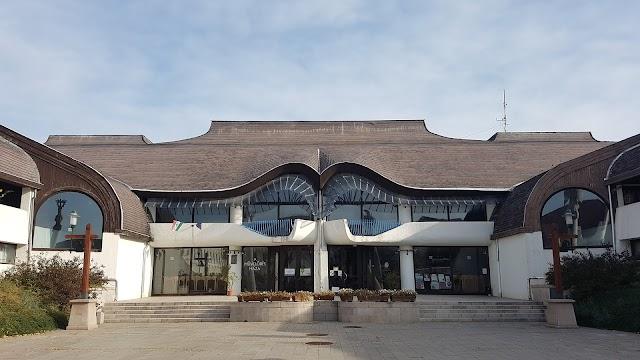 A Művelődés Háza és Könyvtára