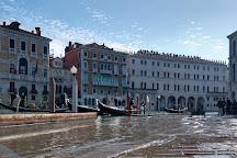 Campo della Pescaria, Venice, Italy