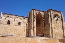 Iglesia de Santa Maria la Blanca, Villalcazar de Sirga, Spain