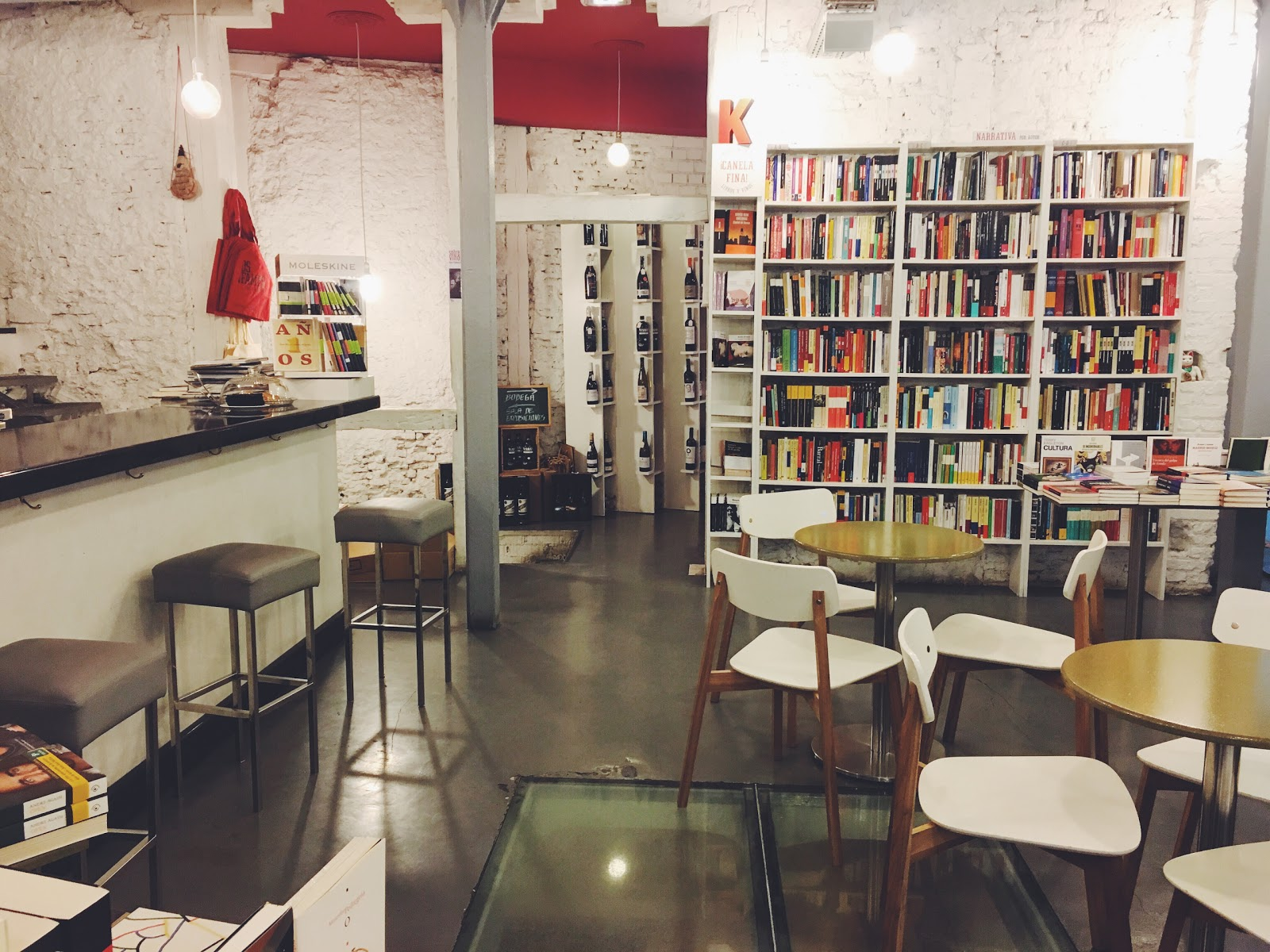 Tipos Infames: A Work-Friendly Place in Madrid