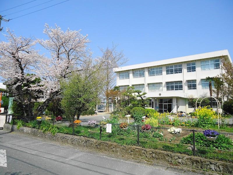 熊本市立城北小学校 (熊本県熊本...