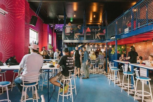 Evies Bar & Diner