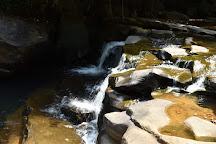 Kadiyanlena Falls, Nawalapitiya, Sri Lanka