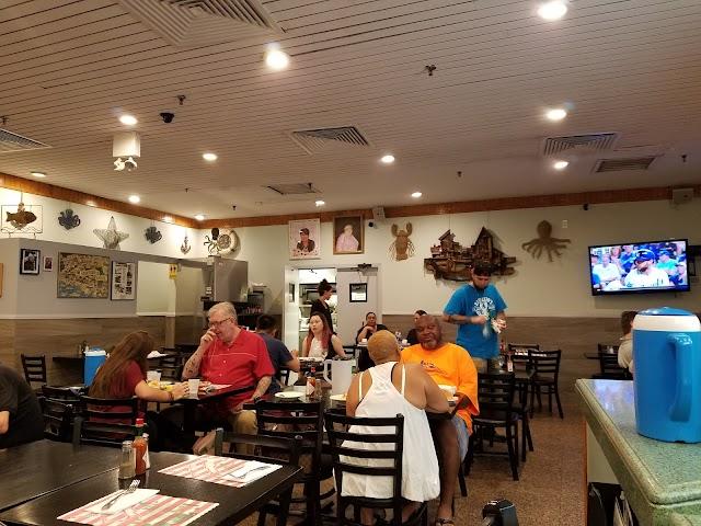 Randazzo's Clam Bar