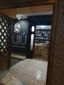Bujú - Café y Juegos de Mesa 1