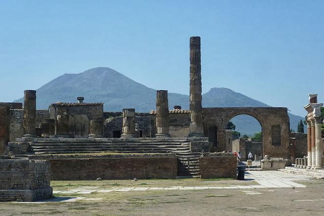 Pompei Car Service, Pompeii, Italy