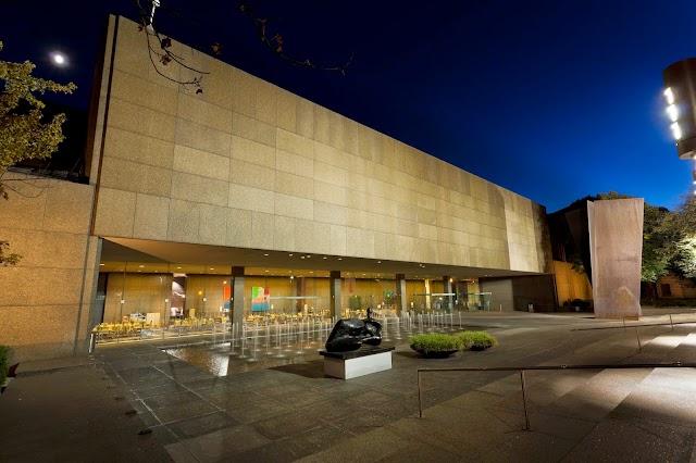 Museum of Art Store