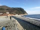 Пляж у скелі Парус в Прасковеевка