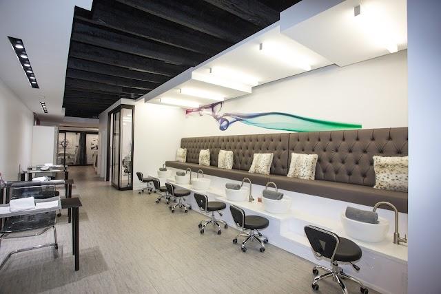 Hair Republic Beauty Lounge
