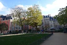 Square Leopold-Achille, Paris, France