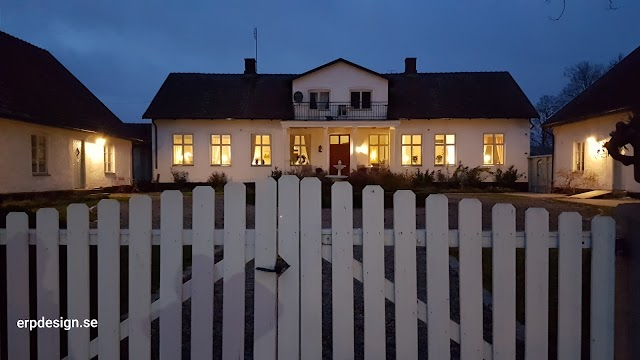 Svabesholms Kungsgård Café och B&B