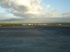 Kahalui Airport Terminal maui hawaii