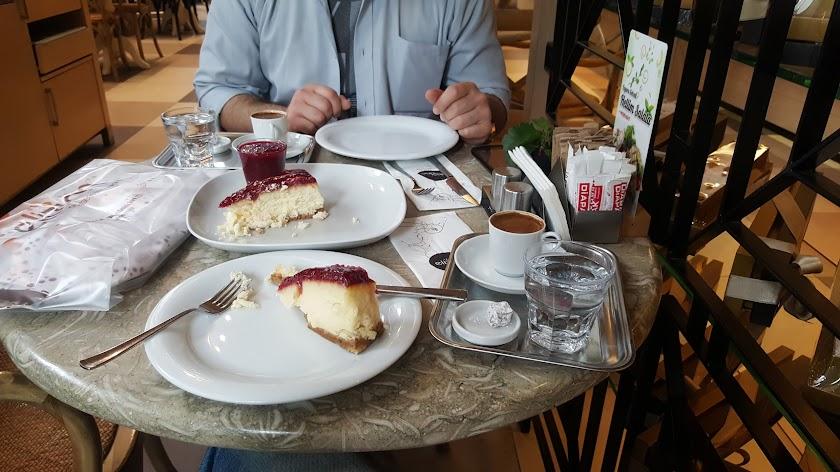 Elizinn Patisserie Restaurant Resim 7