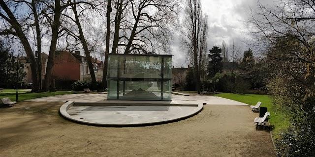 Place Jardin de Tessé