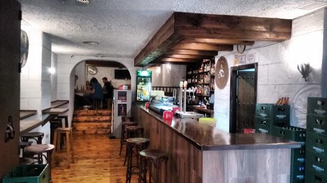 Iberos Cervecería