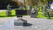Памятник Защитника Отечества на фото Октябрьска