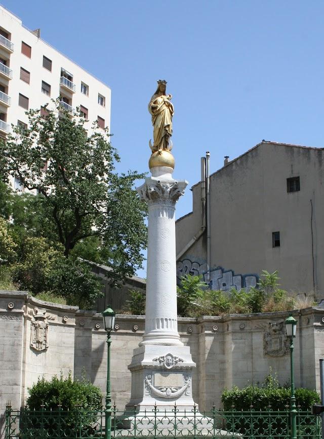 Brasserie la Vierge Dorée