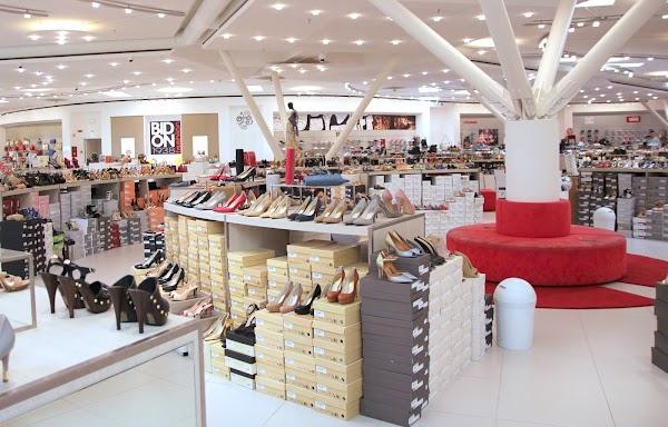 Skechers, Via Prati Guori, 29, 30026 Portogruaro VE, Italia