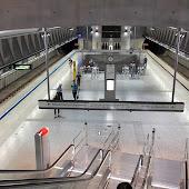 Станция метро  Kálvin tér