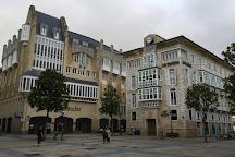 Estatua de El Caminante, Vitoria-Gasteiz, Spain