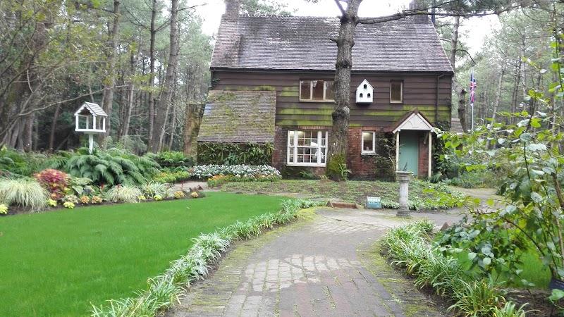 English Cottage / 英国式庭園