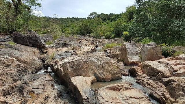 Than Prawet Waterfall