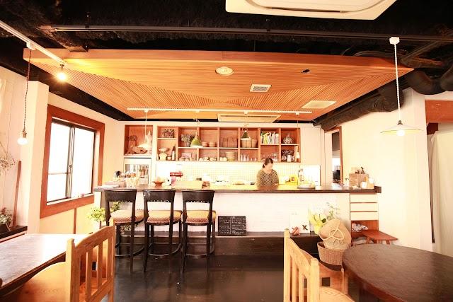 Komagura Cafe