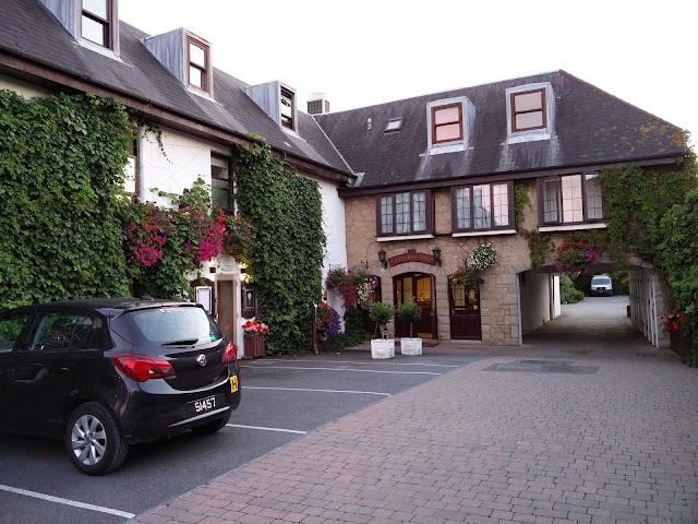 Le Friquet Country Hotel