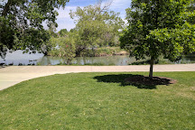 Kendrick Lake Park, Lakewood, United States