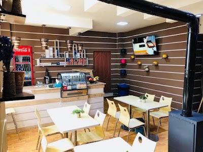 Park Bowling & Cafe