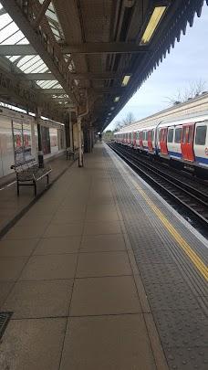 Kilburn Station