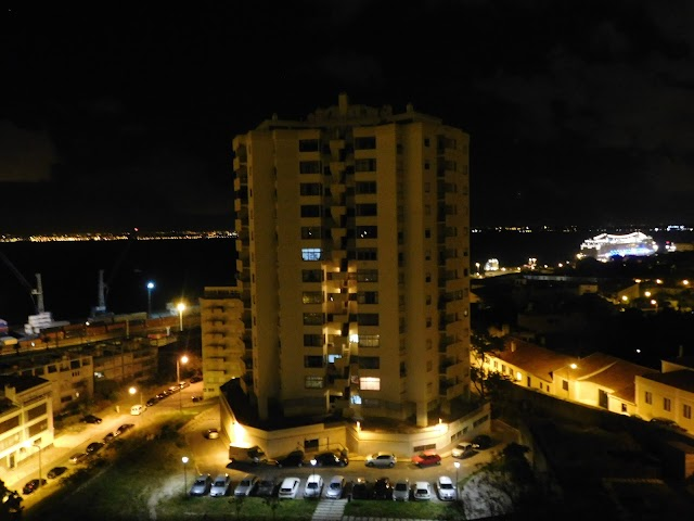 Retális - Radio Taxis Lisbon